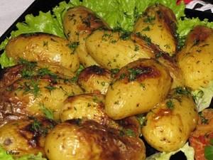 Празнични печени картофи на фурна с меродийки